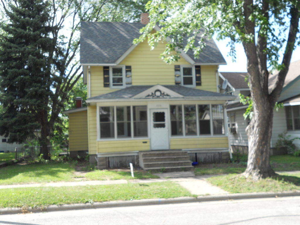 776 N. 1st Street, Rockford, IL. 61107
